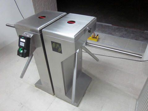 ระบบลงเวลา,ระบบควบคุมประตู,ระบบควบคุมทางเข้าออก,Time attendance and Access control,Time attendance,Access control